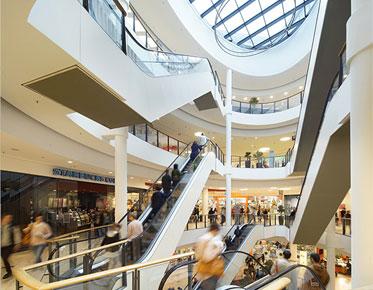 Einkaufszentrum KOMM Offenbach Innenansicht